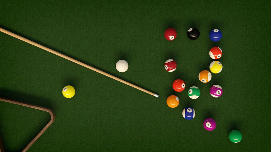 where to aim cue ball on a break