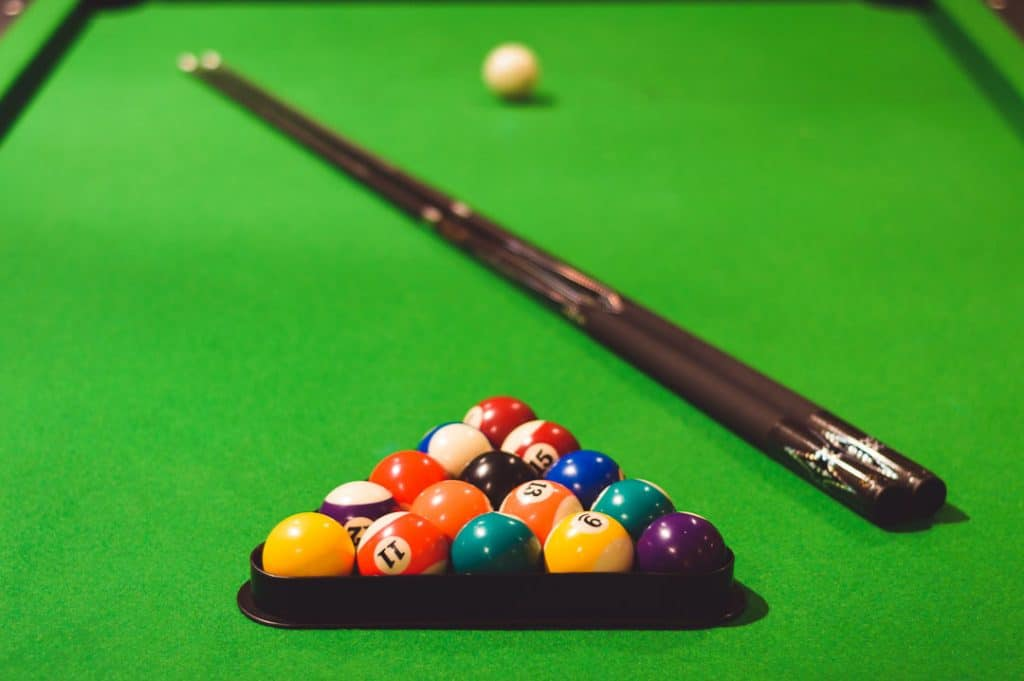 How to break for 8-ball and 9-ball