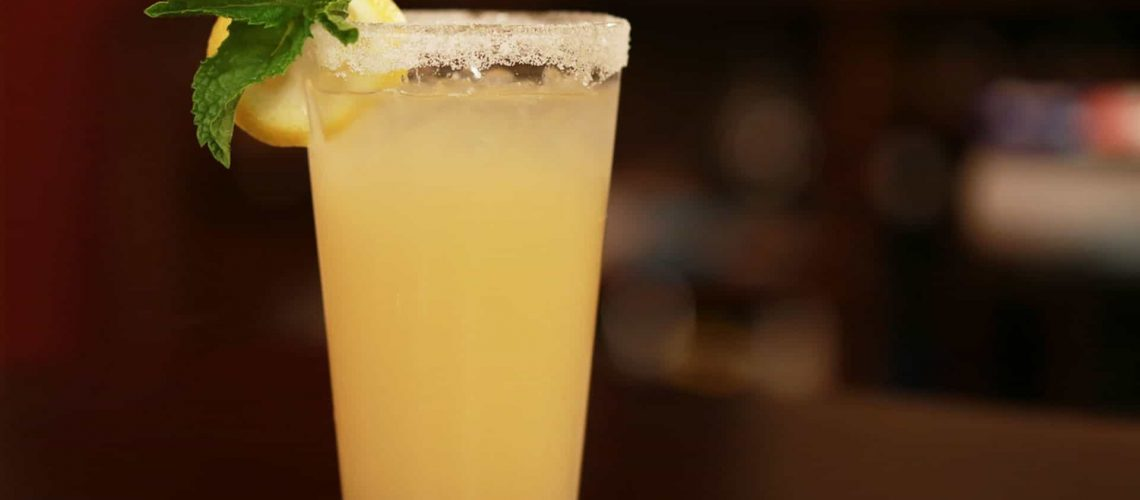 alcoholic-beverage-alcoholic-drink-bar-2109099_1920px